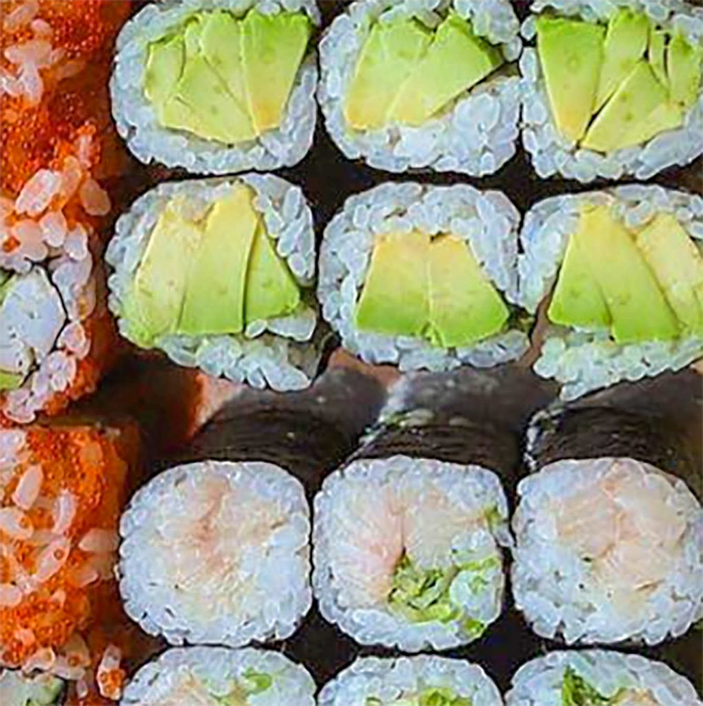 Sushi ingredientes, aguacate, arroz, salmon